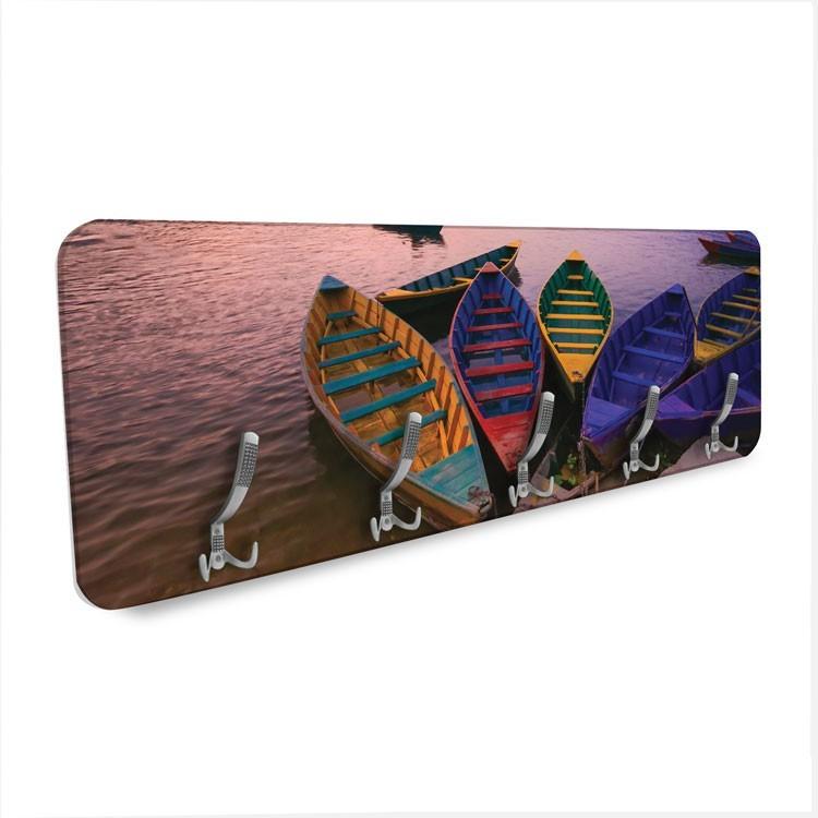 Πολύχρωμες Βάρκες, Φύση, Κρεμάστρες & Καλόγεροι