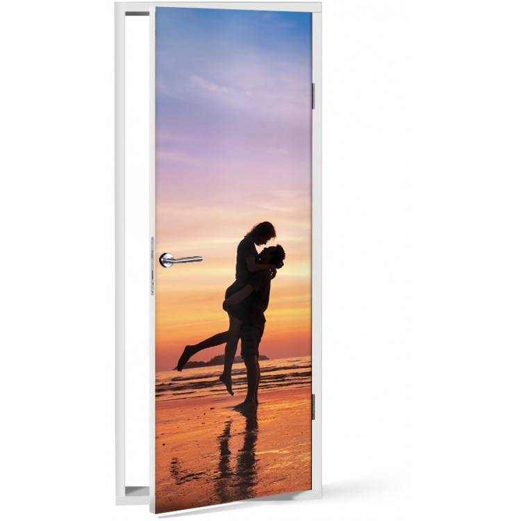 Αυτοκόλλητο Πόρτας Φιλί στην παραλία