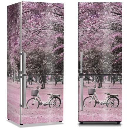 Ποδήλατο κάτω από τα ροζ φύση