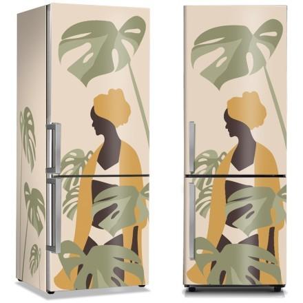 Αφρικανή κοπέλα στα τροπικά φύλλα