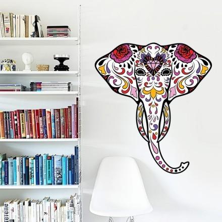 Ελέφαντας με λουλούδια