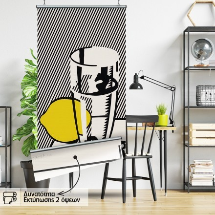 Glass and lemon in a mirror