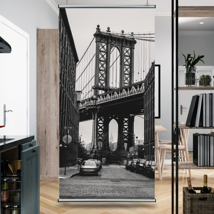 Γέφυρα σε ασπρόμαυρο φόντο
