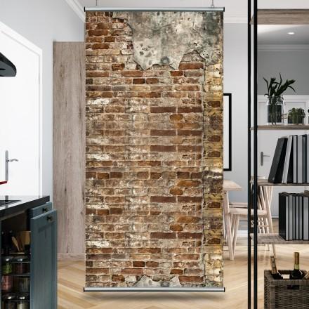 Παλιός τούβλινος τοίχος