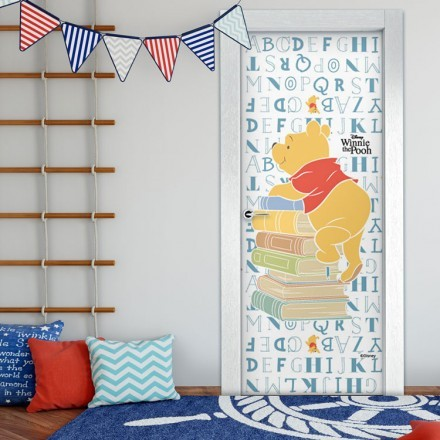 Winnie the Pooh loves reading