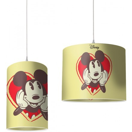 O Mickey Mouse είναι ερωτευμένος με την Minnie Mouse