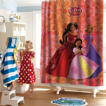 Elena of Avalor with her Friends