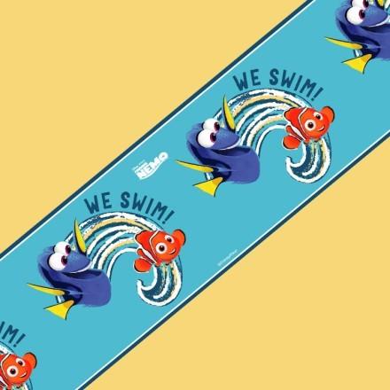 Dory and Nemo - We swim!