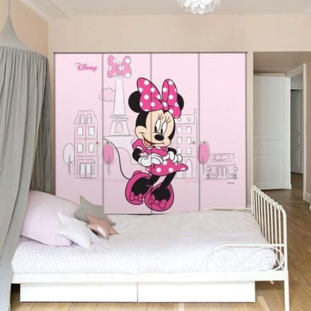 Minnie Mouse in Paris
