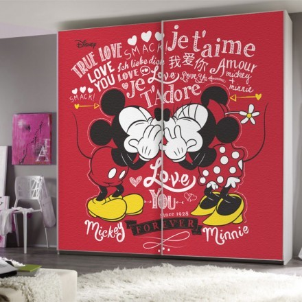Mickey & Minnie forever in love