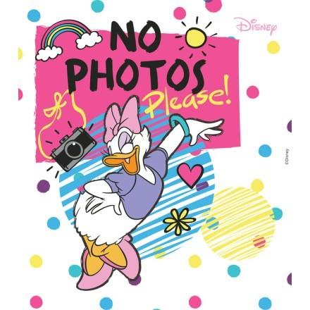 No photos please, Daisy Duck