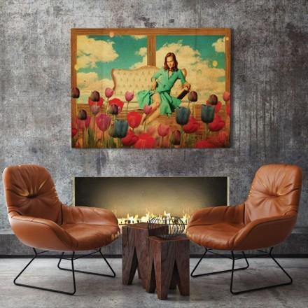 Γυναίκα σε δωμάτιο με λουλούδια