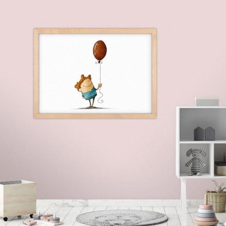 Αγοράκι κρατάει μπαλόνι