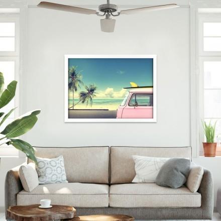 Ροζ λεωφορείο στη παραλία