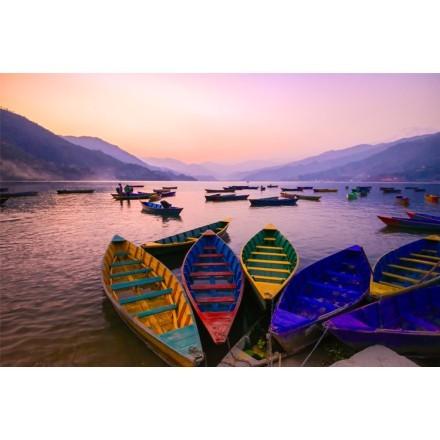 Πολύχρωμες Βάρκες