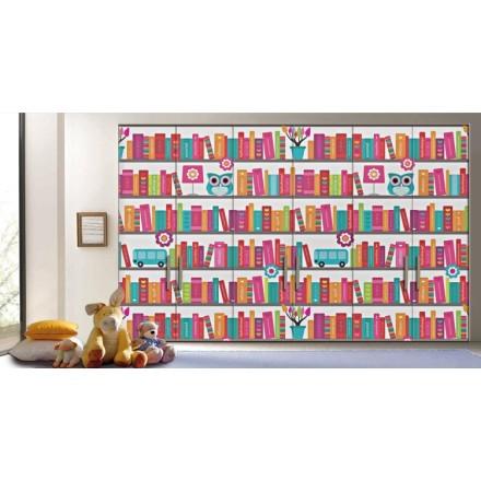 Πολύχρωμη βιβλιοθήκη