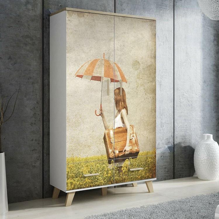 Αυτοκόλλητο Ντουλάπας Βόλτα με ομπρέλα