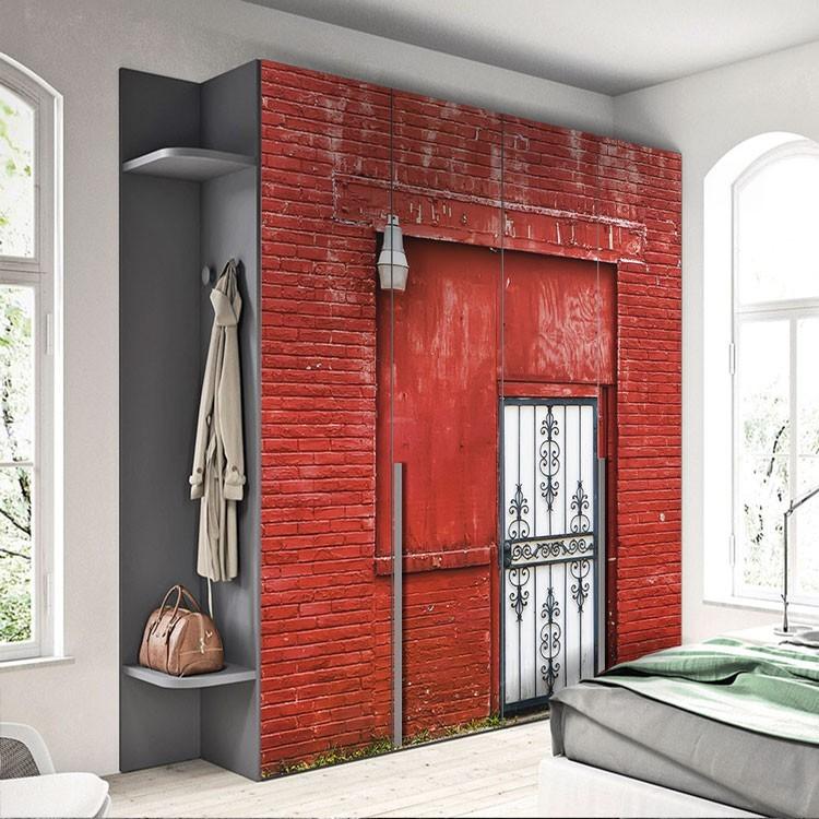 Αυτοκόλλητο Ντουλάπας Κόκκινος τοίχος με πόρτα