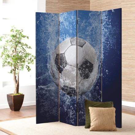 Σταγόνες νερού σε μπάλες ποδοσφαίρου