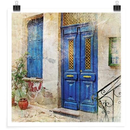 Γραφική μπλε πόρτα στο νησί