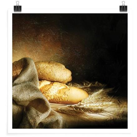 Φρέσκο ψωμί στο τραπέζι
