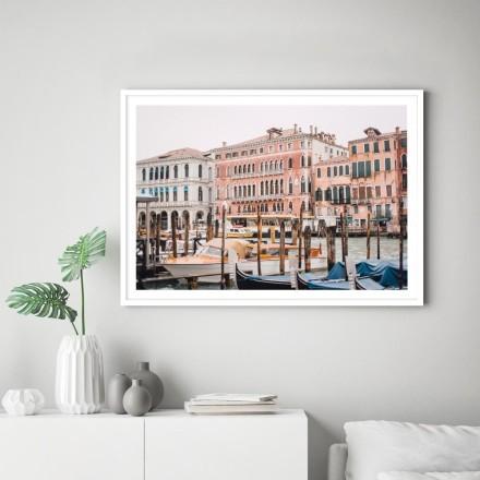 Βάρκες στο κανάλι της Βενετίας