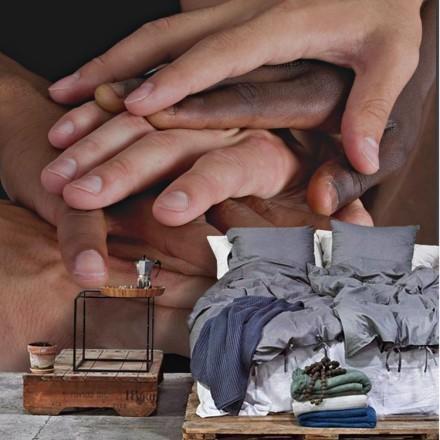 Διάφορα χέρια