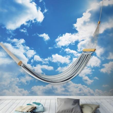 Μπλε ουρανός, σύννεφα, ήλιος