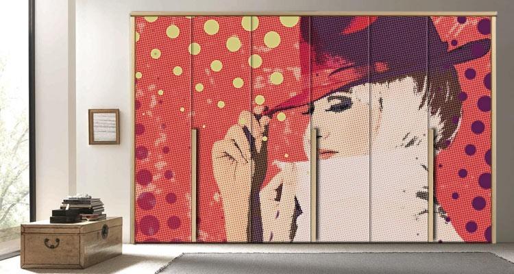 Γυναίκα με κόκκινο καπέλο