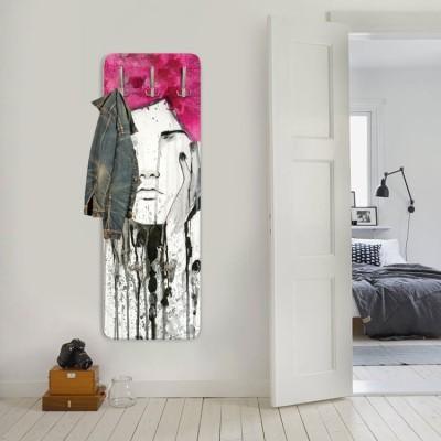 Πορτρέτο κοπέλας, Ζωγραφική, Κρεμάστρες & Καλόγεροι