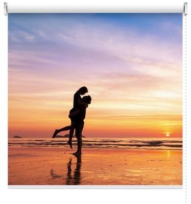 Φιλί στην παραλία, Φύση, Ρολοκουρτίνες