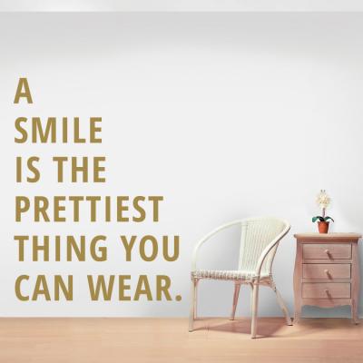 Smile!, Φράσεις, Αυτοκόλλητα τοίχου