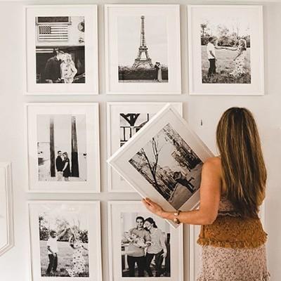 Πως να δημιουργήσετε έναν τοίχο γκάλερι (Gallery Wall) σε 6 βήματα