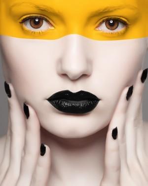High fashion bold makeup