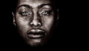 Γυναίκα με δάκρυα