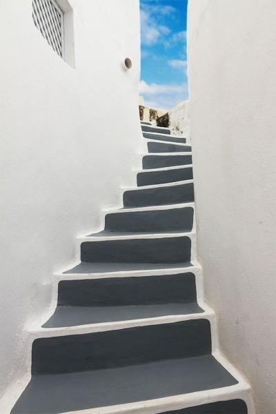 Σκαλοπάτια στο νησί