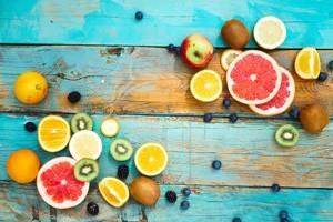 Πολύχρωμη Εικόνα με Φρούτα