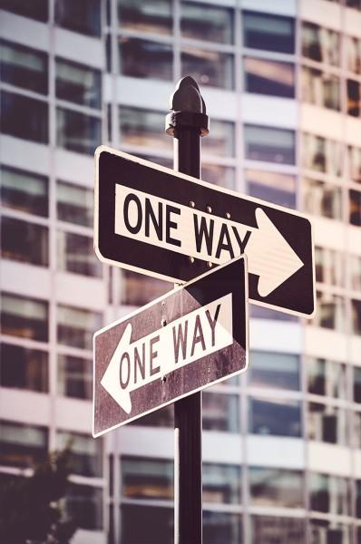 Ταμπέλες One way στη Νέα Υόρκη