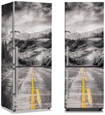 Δρόμος στον συννεφιασμένο ουρανό Φύση Αυτοκόλλητα ψυγείου 50 x 85 εκ.