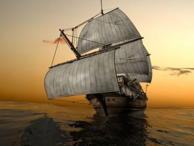 Αρχαίο πλοίο στη θάλασσα